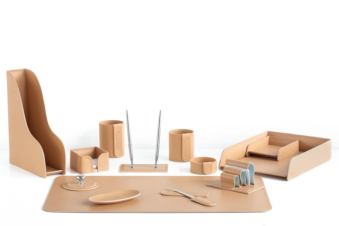 набор на стол с лотками А4 и А6 из кожи натурального цвета