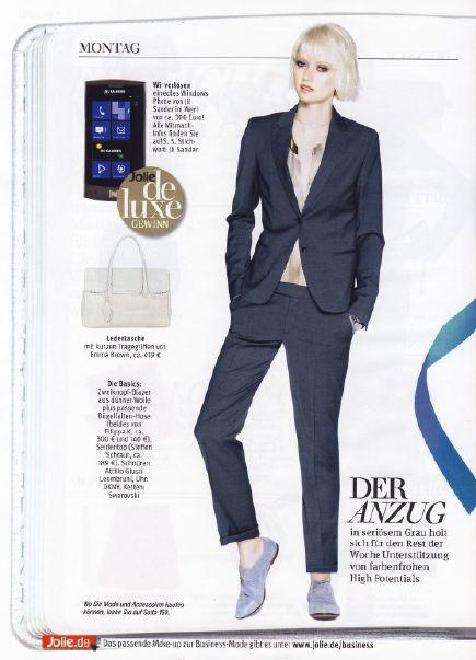 Журнал Jolie - белая сумка Эмма Браун