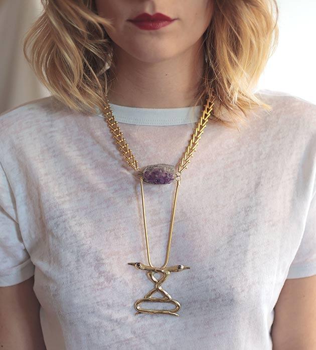 стильное колье с натуральными камнями Ravens Love necklace от MAVA HAZE