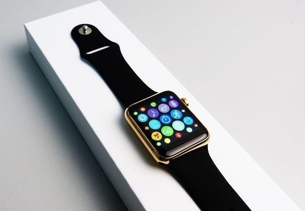 Если использовать устройство smart watch iwo2 исключительно по назначению зарядной батареи хватит на дней.
