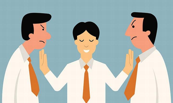 Субординация помогает избегать перехода на личные оскорбления