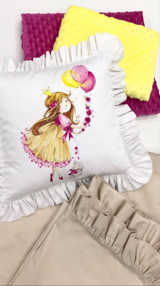 Подушка с принцессой из хлопка