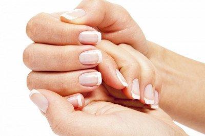 О чем может рассказать состояние ногтей?