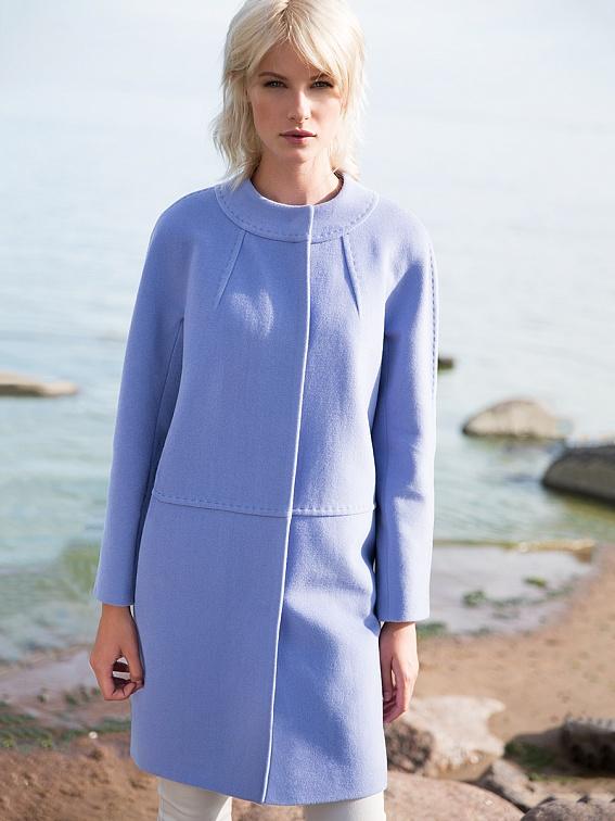 Трендовое пальто Pompa холодного голубого цвета новая коллекция 2016