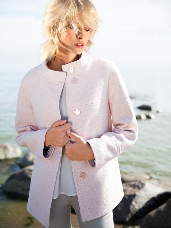 Трендовое пальто Pompa розового цвета новая коллекция 2016