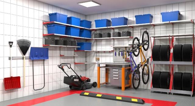 вариант обустройства гаража (плиточные стены)