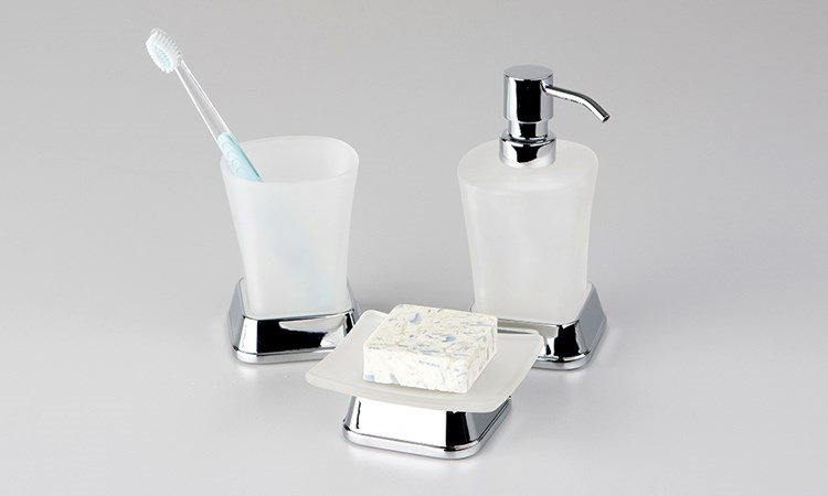 Коллекция аксессуаров для ванной WasserKRAFT Amper