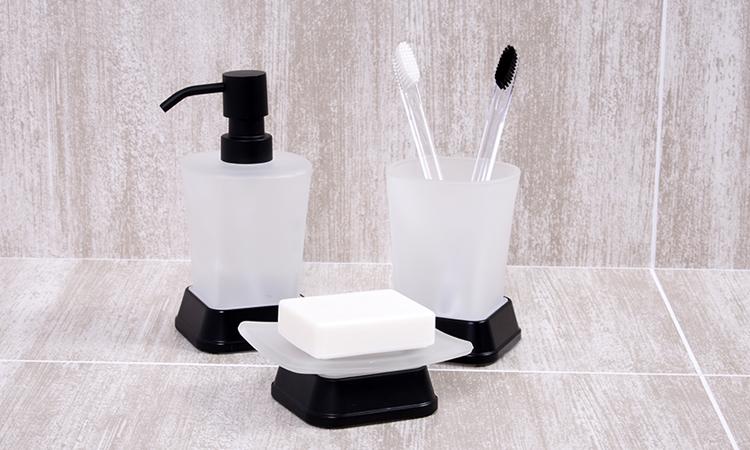 Коллекция аксессуаров для ванной WasserKRAFT Amper Black