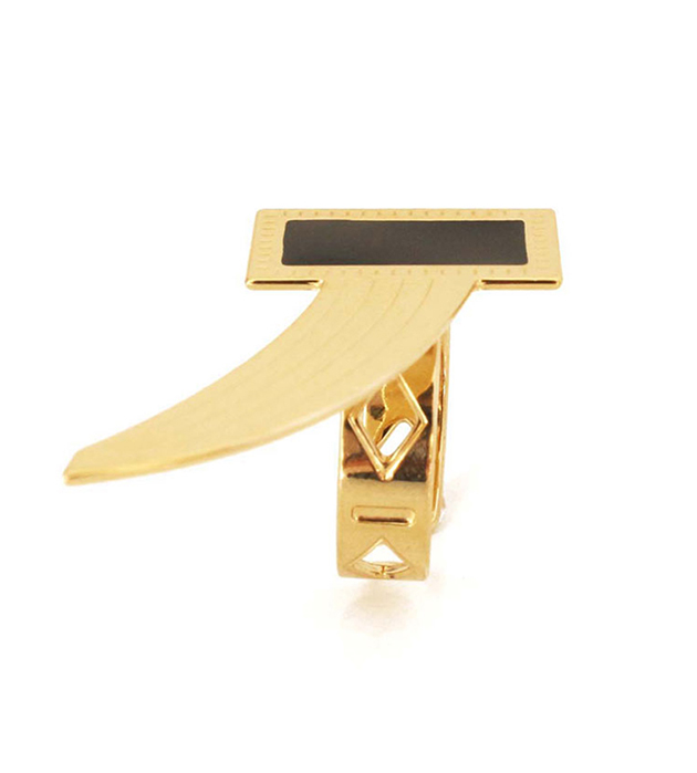 эффектное кольцо из позолоченной латуни с чёрной эмалью Cornelius Noir от Chic Alors Paris