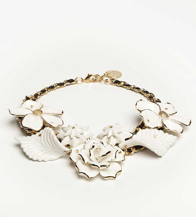 золотисто-белоснежное колье из испанского фарфора Wildflower White oт ANDRES GALLARDO