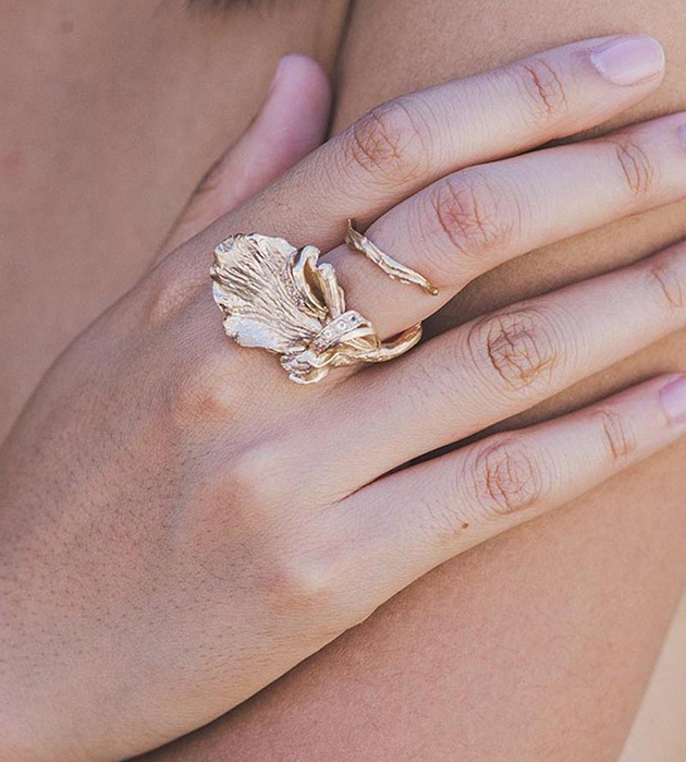 купите золотистое кольцо с натуральными камнями от  Cristina Zazo - Tender Sweet ring