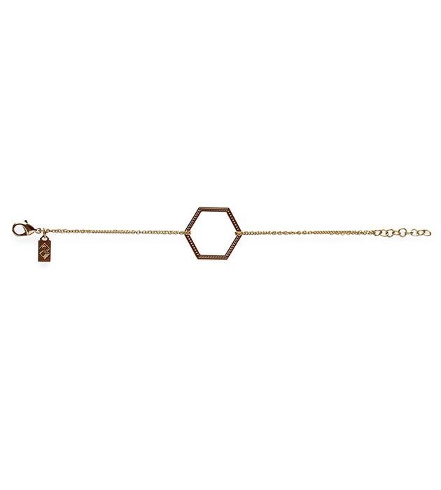 купите браслет из позолоченной латуни с гравировкой от Chic Alors Paris - Bracelet chaine dore hexagone grave