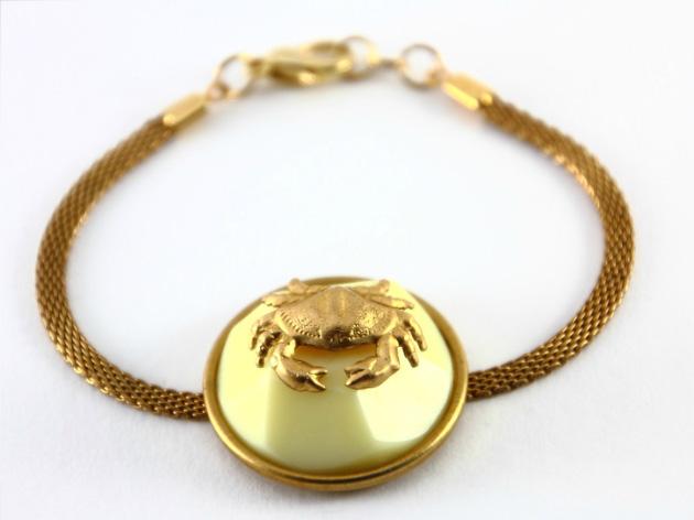 Купите Тонкий металлический браслет от Beatriz Palacios