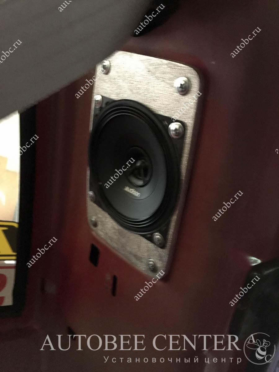 установка акустики