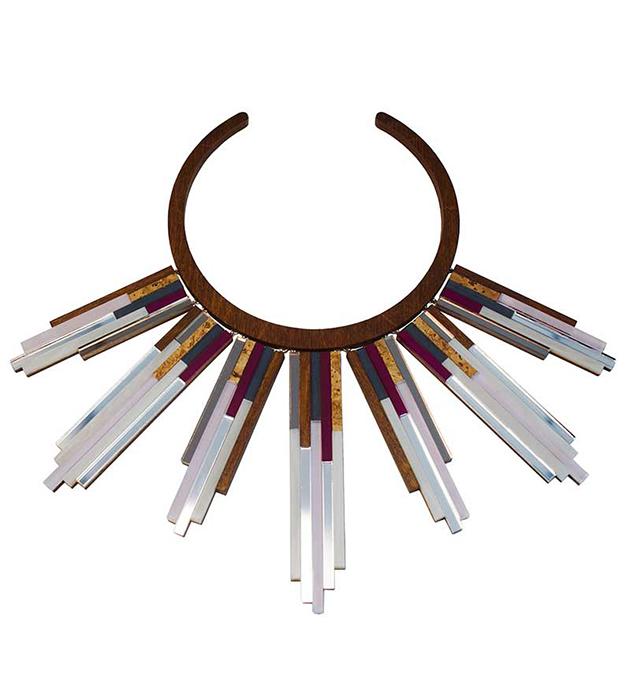 купите необычное колье ручной работы Glacier Necklace Plum от Wolf&Moon