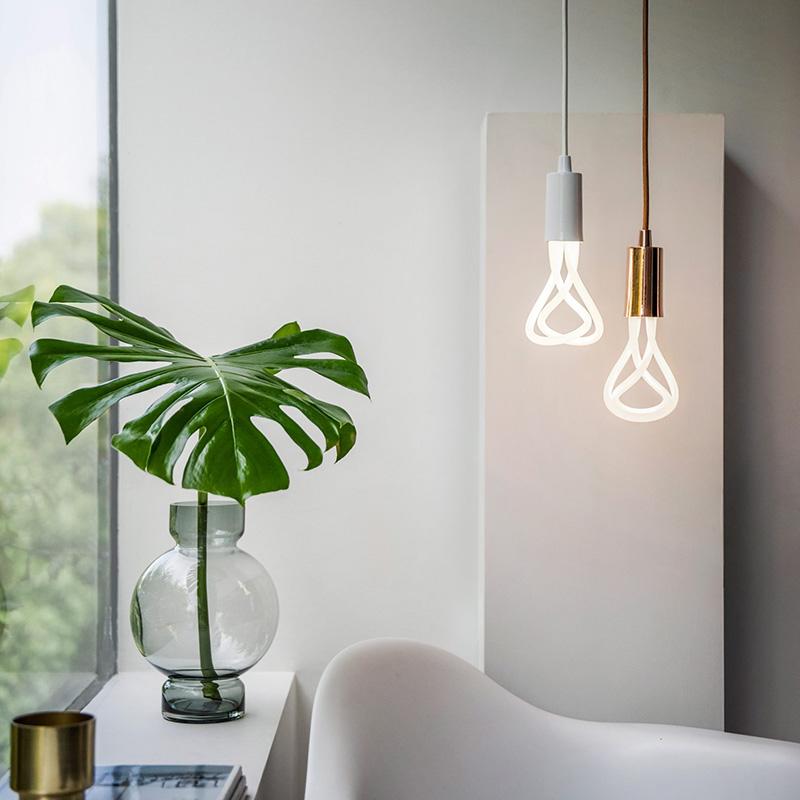 Лампа Plumen 001 LED