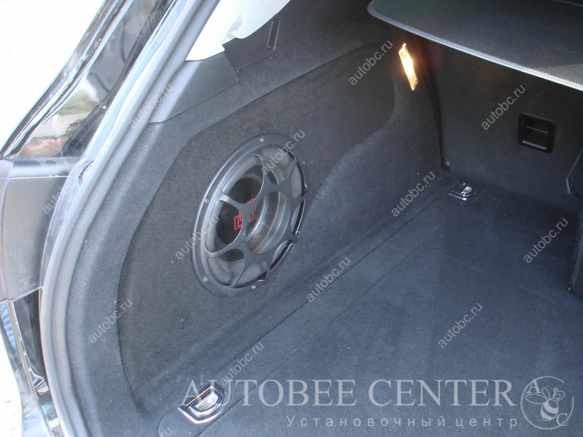 анотомический сабвуфер стелс в крыло
