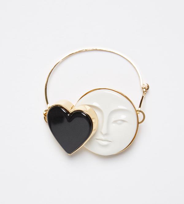 Браслет-Moon-Heart-Black-от-ANDRES-GALLARDO-ss16.jpg
