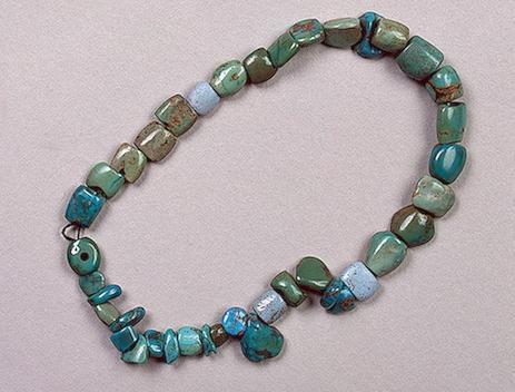 Майкопская культура. Середина - конец 4 тыс. до н.э. Бирюза