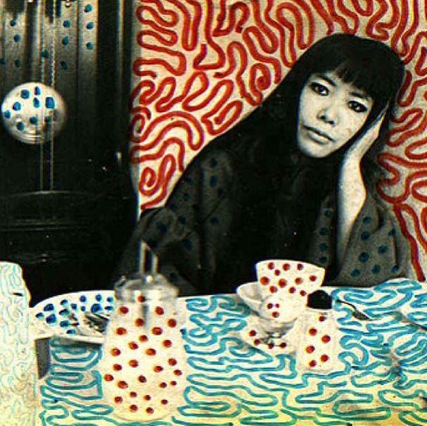 художница Yayoi Kusama