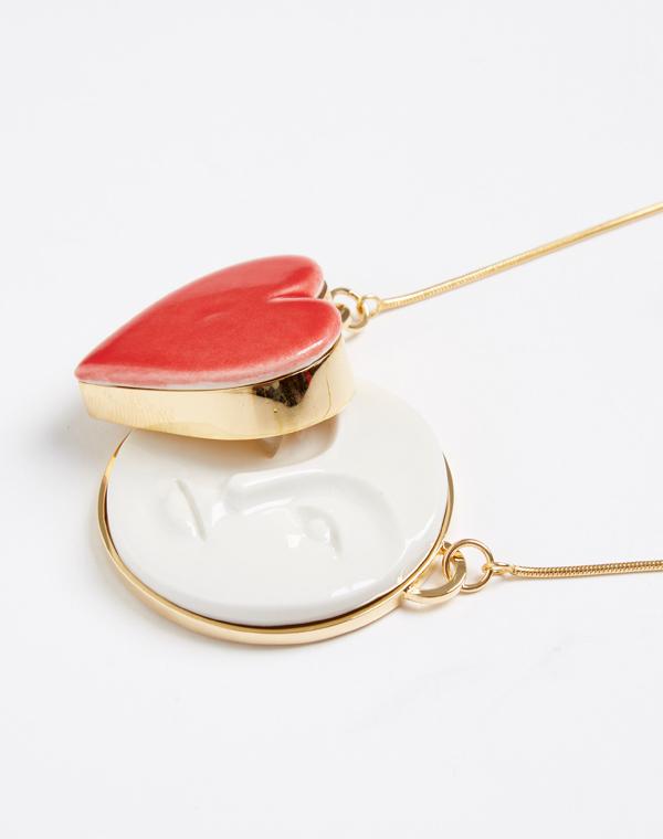 Колье--Moon-Heart-Red-от-дизайнера-Andres-Gallardo_1.jpg