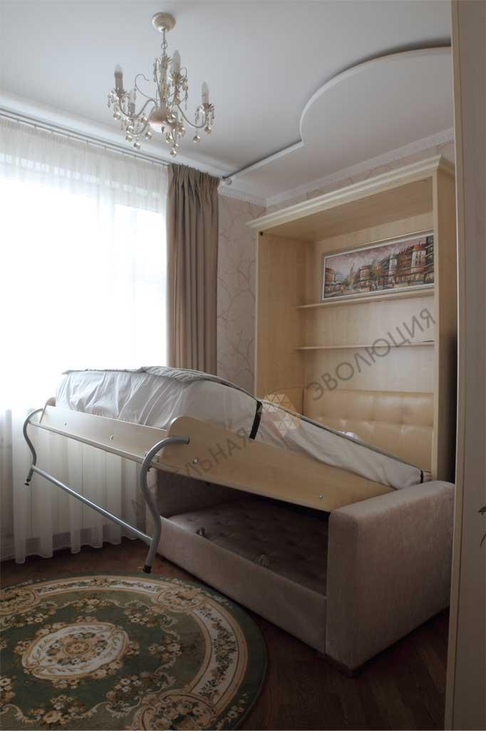 Шкаф-кровать с диваном в классическом стиле