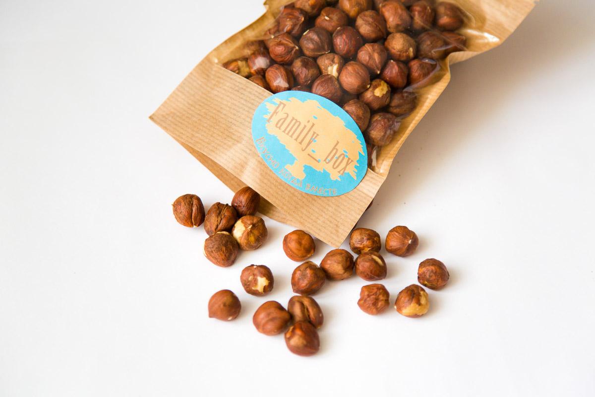 Отобранные вручную орехи