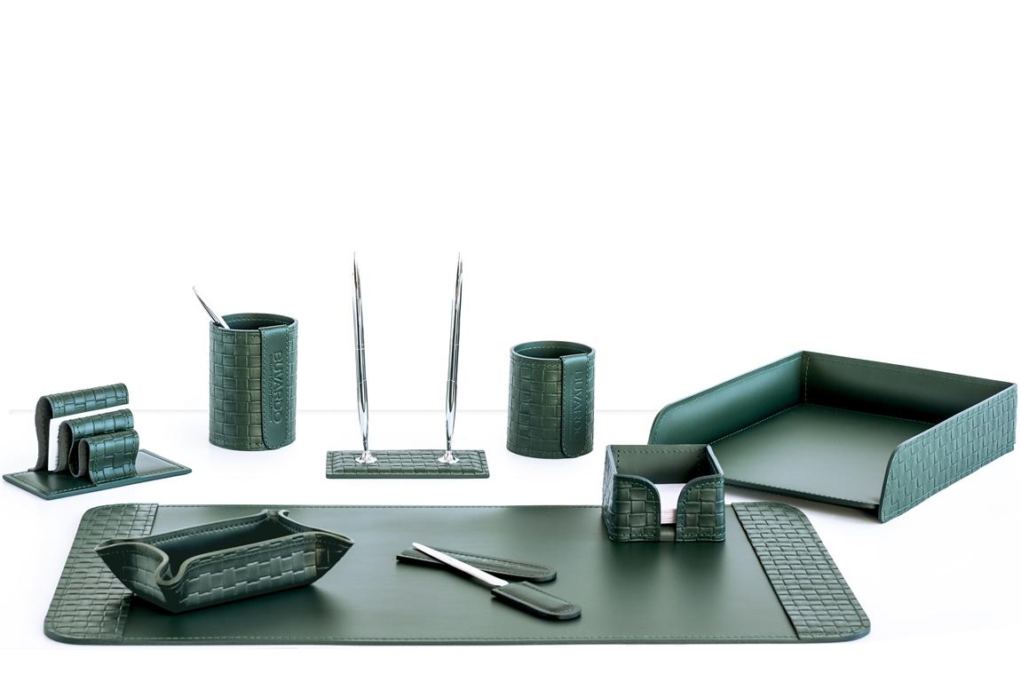 зеленые настольные предметы из кожи для стола директора