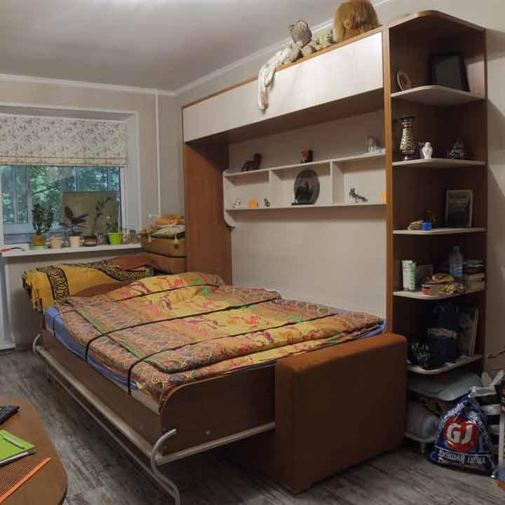 Горизонтальная шкаф-кровать с диваном