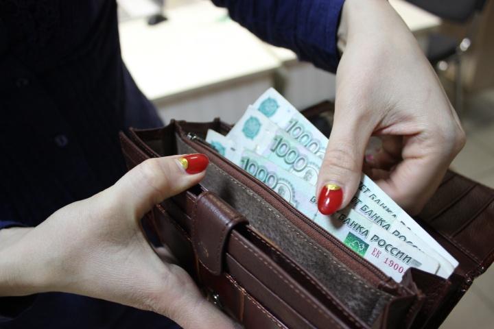О зарплате в конверте может заявить в ФНС любой обиженный работник