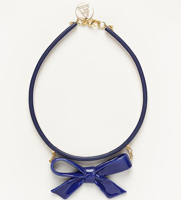 оригинальное украшение из фарфора и кожи от ANDRES GALLARDO - Single Bow Blue