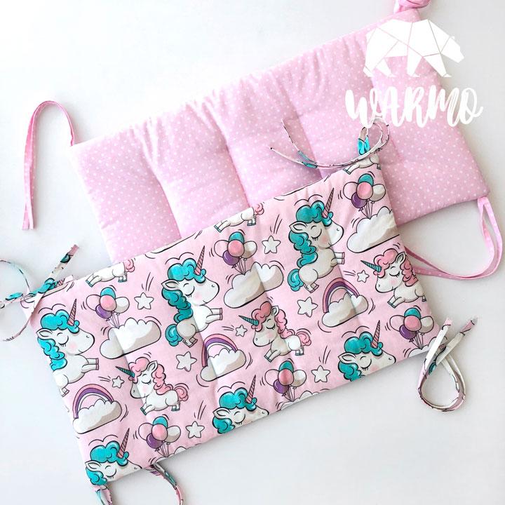 бортики в кроватку з рожевими єдинорогами фото