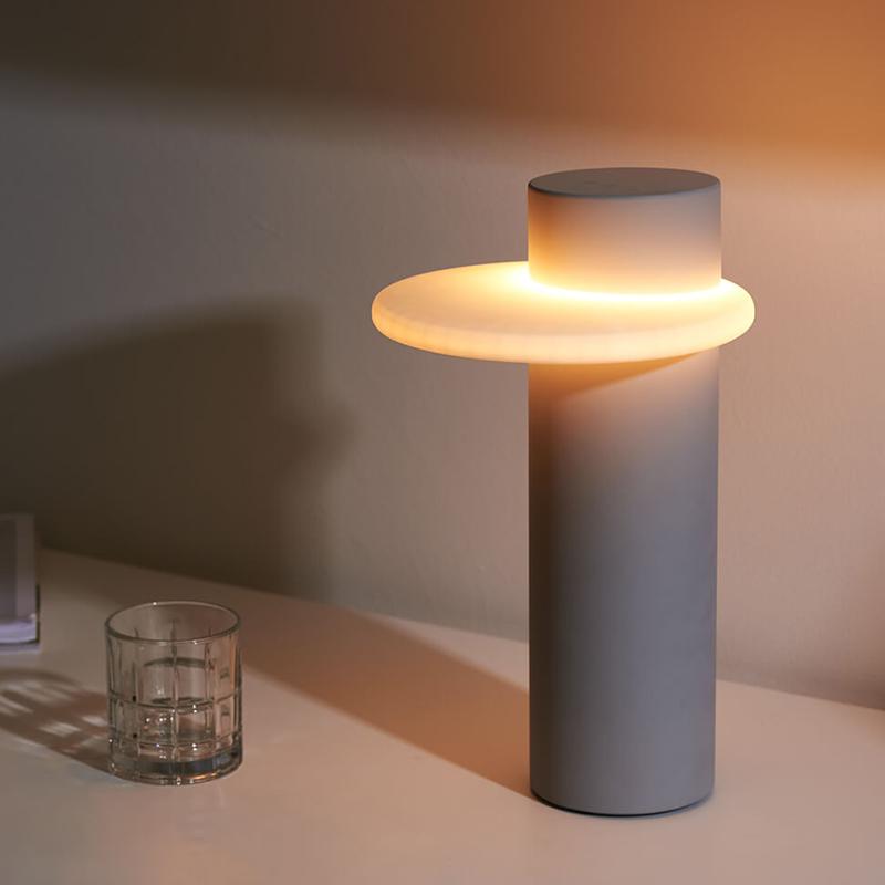 Настольная лампа Dulce Lamp от Gantri
