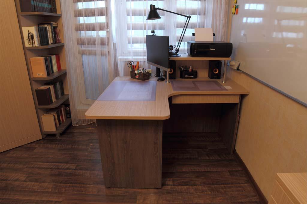 Угловой рабочий стол с 2 зонами