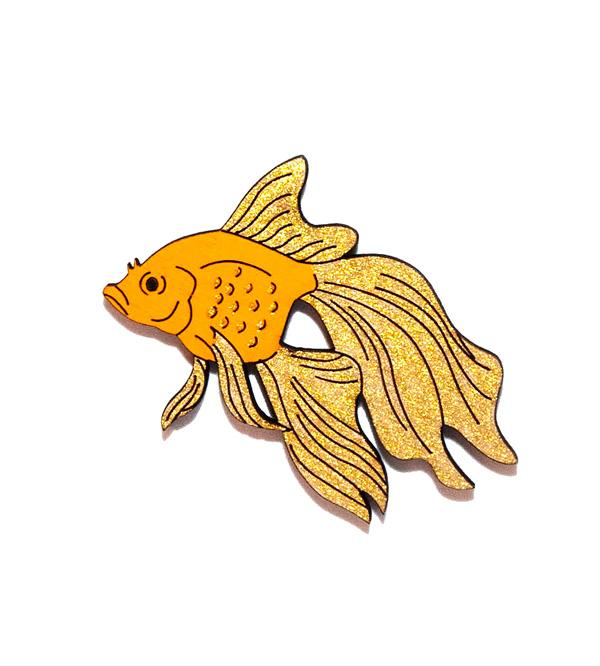 Брошь-Золотая-рыбка--от-Yes-Please_1.jpg