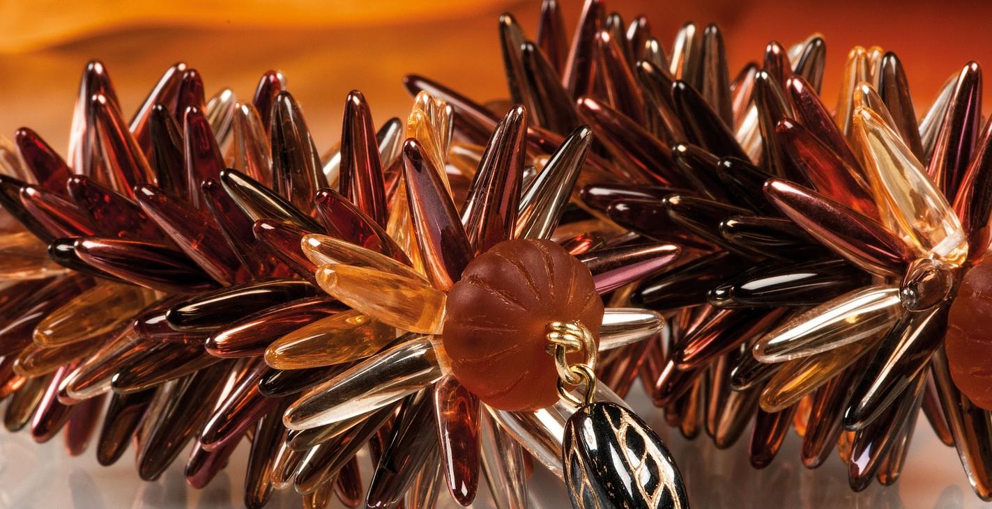 пример украшения с бусинами thorn