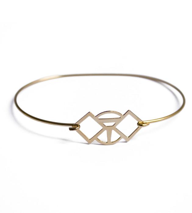 купите золотой тонкий браслет от Chic Alors-Paris