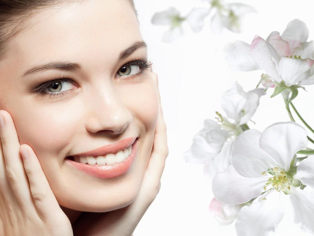 Особенности применения молока для ухода за кожей лица и тела