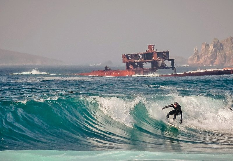 vladivostok-surfing.jpg