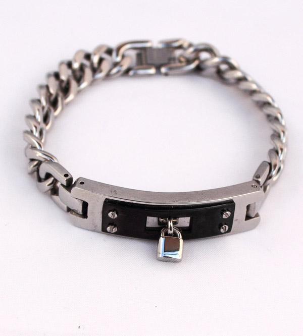 Браслет - металлическая цепь с замком фото