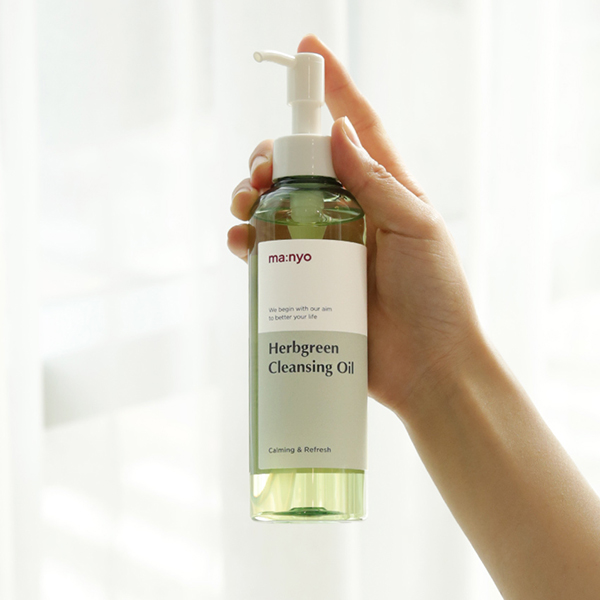 Manyo_Factory_Herb_Green_Cleansing_Oil_t11z-1n.jpg