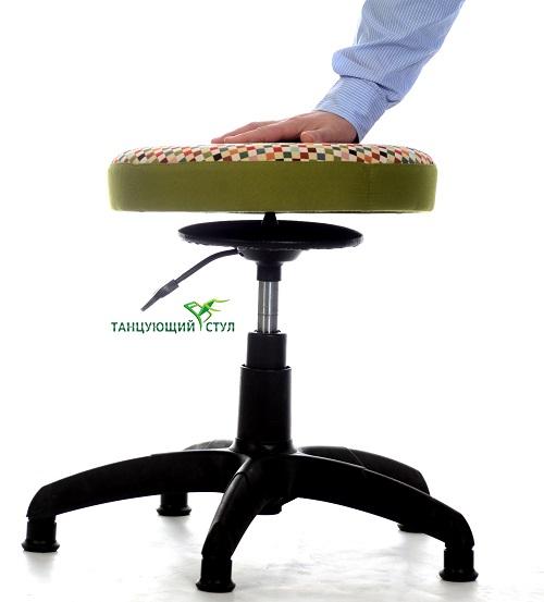 Особенности Танцующего Стула домашний стульчик для ребенка