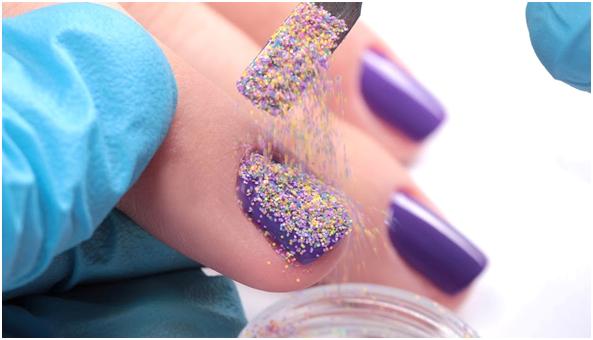 Как пользоваться блестками песок для ногтей