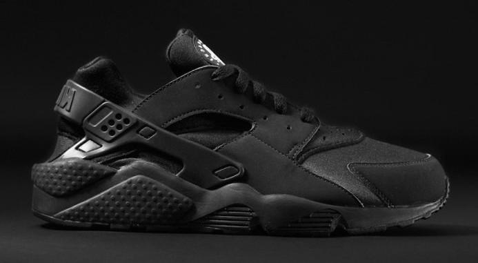 Nike_Air_Huarache_Black_Street_1_Krossoffki.ru.jpg