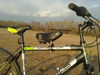 Мягкое седло для ребенка на раму велосипеда