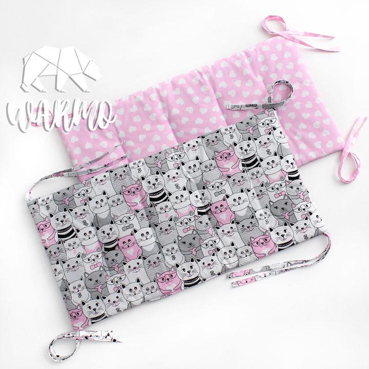 бортики в кроватку рожеві з білими сердечками фото