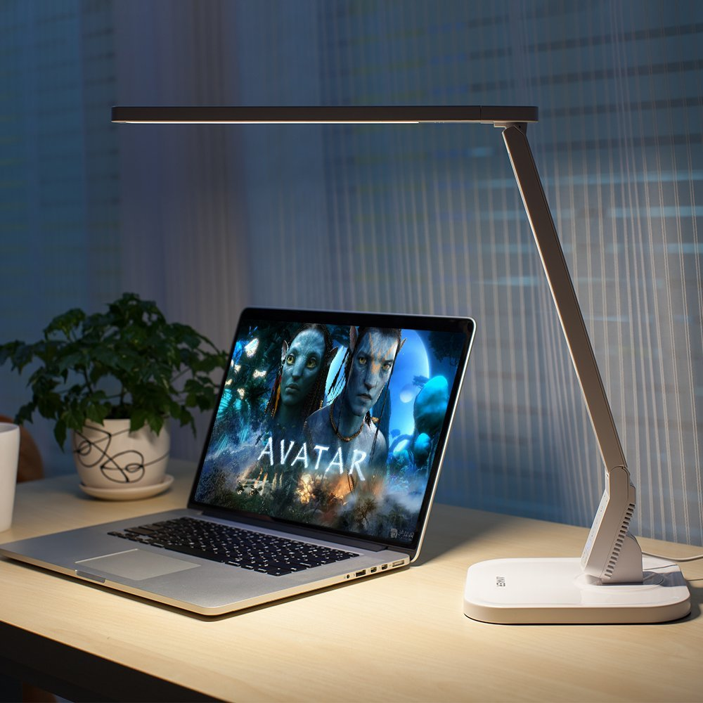 Anker Lumos LED Desk Lamp with USB Charging White