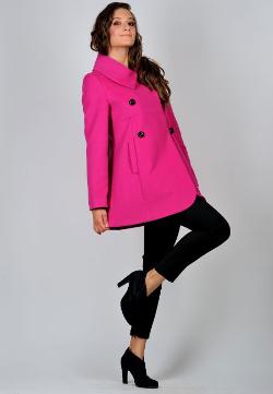 Красивое пальто-трапеция