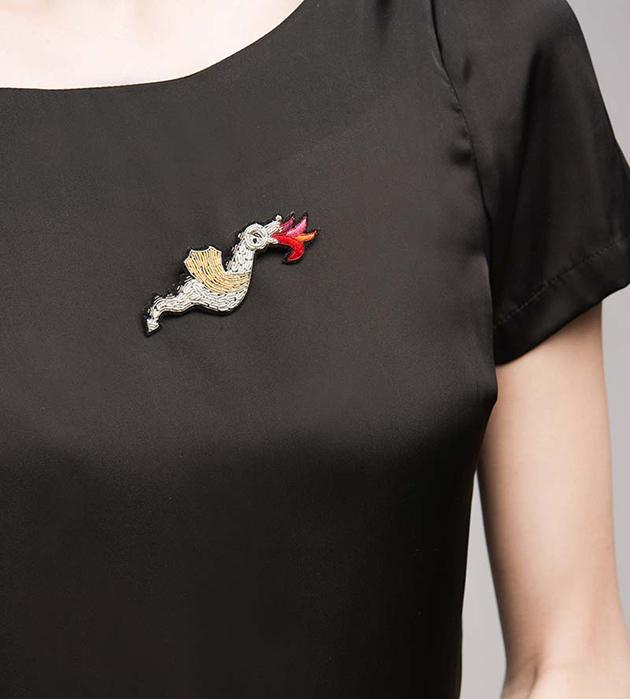 расшитая вручную брошь Dragon от Macon&Lesquoy