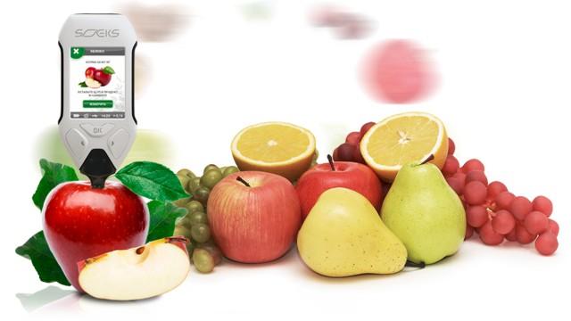 Большое количество фруктов и овощей